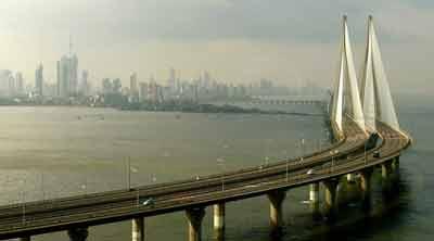 Bandra-Worli-Sea-Link-in-Mumbai